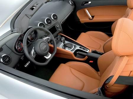 audi-tt-roadster-interior