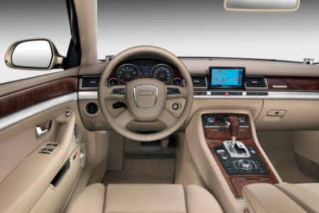 El Audi A8, inmenso y confortable