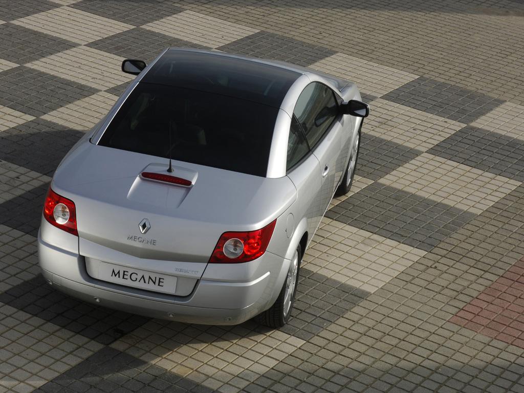 Foto del nuevo coupe-cabrio