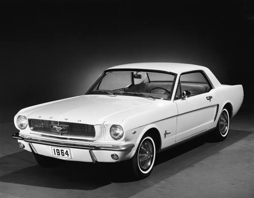 El primer Mustang apareció en 1964