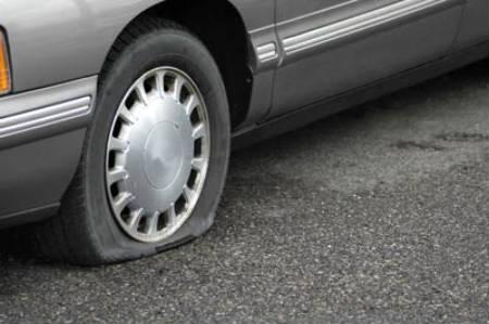 Neumático desinflado