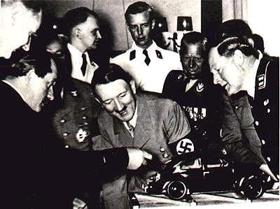 Hitler y el Volkswagen Escarabajo