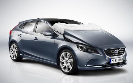 Volvo inventa el airbag para peatones
